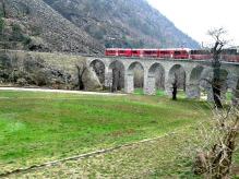 trenino-rosso-del-bernina-viadotto-di-brusio-foto-di-Tiziana-Bergantin-A508