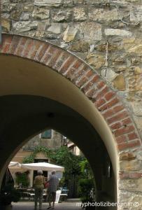 Cervo-arco-entrata-superiore-0-photo-by-Tiziana-Bergantin-A400
